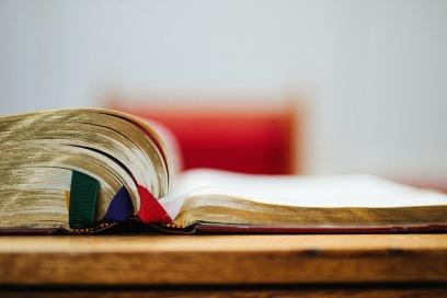 Book.ribbons